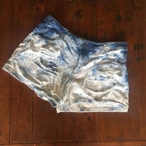 Acid Distressed Denim Shorts - 16P